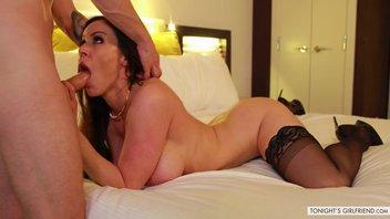 Тайные секс-свидания замужней, зрелой женщины Кендры Ласт (Kendra Lust) с молодым любовником в гостинице