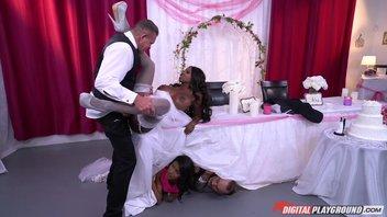 Красивая негритянка с роскошными формами в свадебном платье изменила будущему мужу с его лучшим другом за час до свадьба Diamond Jackson