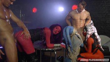 Порно пародия на Звёздные войны Alessa Savage, Aria Alexander, Eva Lovia
