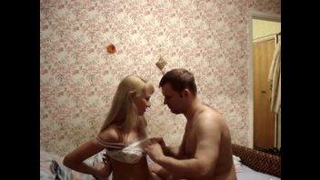 Муж и жена решили записать порно видео на память