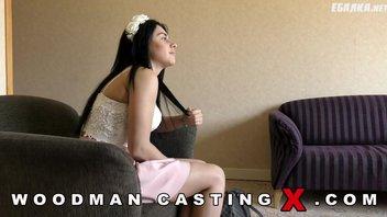 Пьер Вудман (Pierre Woodman) полизал и дал соснуть новой актрисе