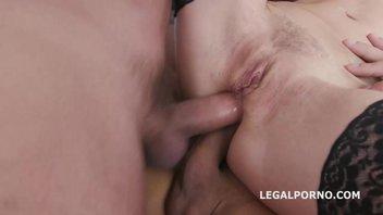 Хайди Ван (Heidi Van) и Натали Чери (Natalie Cherie) долбятся с мужиками во все дырки, крутая групповуха с шикарными телочками