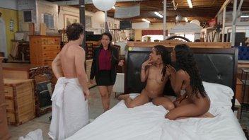 Межрасовый секс втроем в мебельном магазине