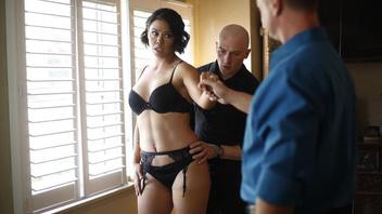 Дана и ее наниматель занимаются страстными сексуальными танцами