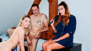 Немецкая парочка в виде парня и миниатюрной девушки занялись сексом в разных позах пока были одни дома