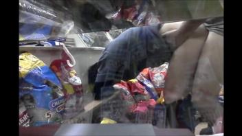 Русский  секс с продавщицей в магазине