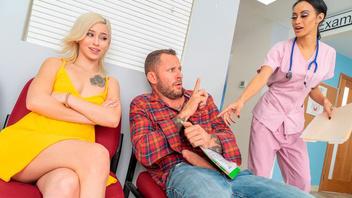 Киара Коул соблазнила своего бойфренда в клинике и жарко трахнулась