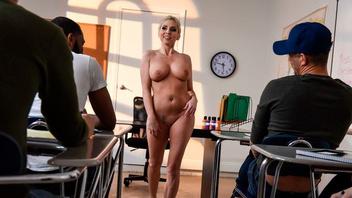 Кристи Стивенс занимается жарким сексом с горячим страстным мужчиной