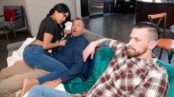 Эмбер Сноу изменяет своему парню с его лучшим другом и получает кайф