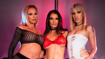 Три прекрасные лесбиянки устроили страстную горячую групповушку