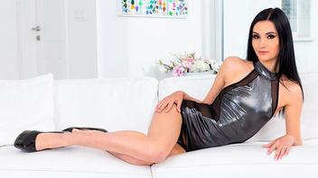 Сучка Меган для анальной ебли, Меган Вентури (Megan Venturi)
