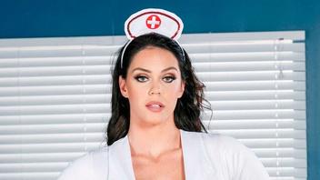 Доктор и его анальная медсестра Элисон Тайлер (Alison Tyler),  грубая ебля