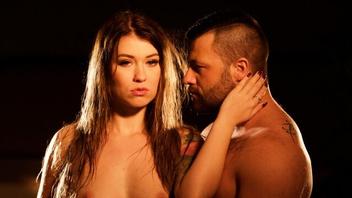 Их ненасытный секс, Миша Кросс (Misha Cross)