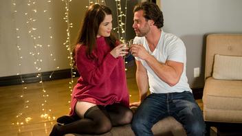 Выпивают  и отлично  трахаются, Эвелин Клэр  (Evelyn Claire)