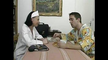 Жюстин переспала с пациент