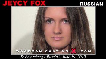 Вудман смачно отодрал красивую Русскую девушку