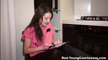 18-летняя студентка согласилась потрахаться за деньги