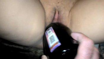 Бутылка шампанского в письке жены