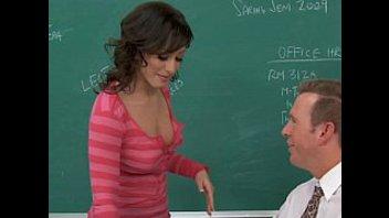 Стройная деваха соблазняет профессора